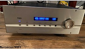 Pass Labs INT-150 amplifier
